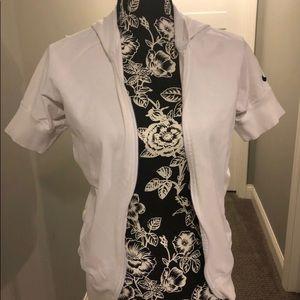 Nike shirt sleeve zip up